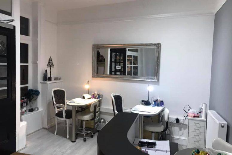 Gloss Nails & Beauty Ilkeston